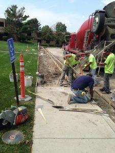 Sidewalk paving 1 commercial concrete contractor in kansas city | k&e flatwork