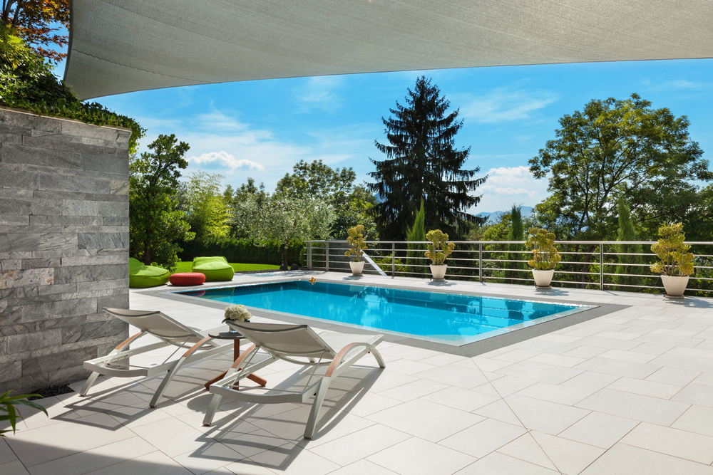 Give Your Pool Patio A Luxurious Look With Concrete